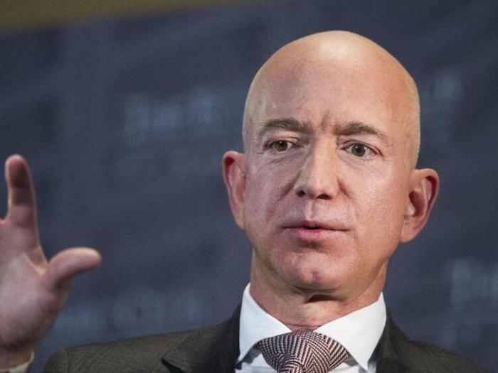 Bezos plädiert für höhere Unternehmenssteuern