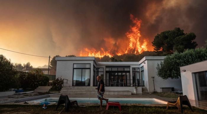 90 Hektar Wald brennen in Südfrankreich: 150 Menschen in Sicherheit gebracht