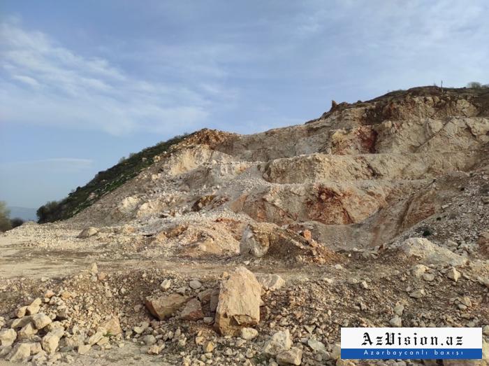 Zenguilan:   des journalistesont visité le mont Eheng