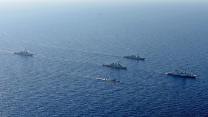 Reino Unido presenta un nuevo concepto de submarino híbrido