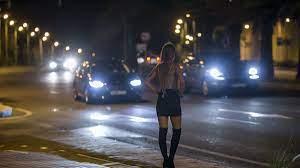 España quiere borrar del mapa la prostitución