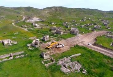 Comienza la construcción de la carretera Khudafarin-Gubadli-Lachin