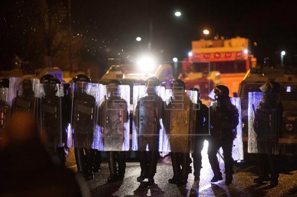 El Brexit y la pandemia crispan Irlanda del Norte y provocan disturbios