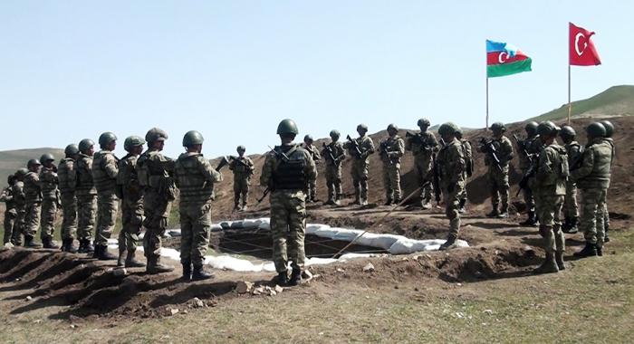 Les exercices opérationnels-tactiques conjoints azerbaïdjano-turcs ont pris fin -   VIDEO
