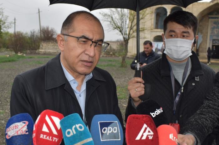 """Asadjon Khojayev:  """"Todo ha quedado completamente destruido en Agdam"""""""