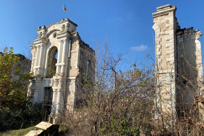 Azerbaiyán restaurará la oficina editorial del periódico Araz en la región liberada de Fuzuli