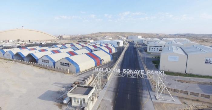 En Balakhani se fundan las empresas de reciclaje de los residuos