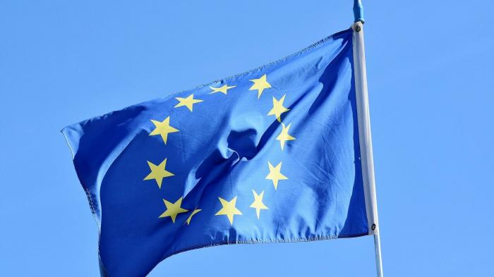 Wegen Sanktionensverlängerung:   Iran bremst Dialog und Zusammenarbeit mit EU in mehreren Punkten