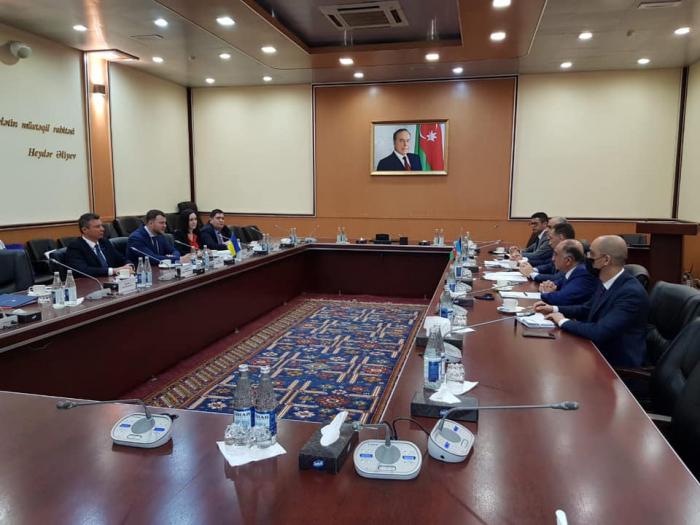 Le vice-Premier ministre ukrainien tient une série de réunions à Bakou