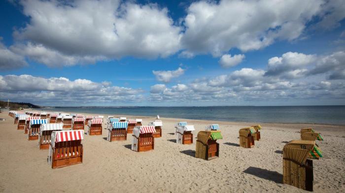 Tourismus in Deutschland auch im Februar im Corona-Tief:     76 Prozent weniger Übernachtungen