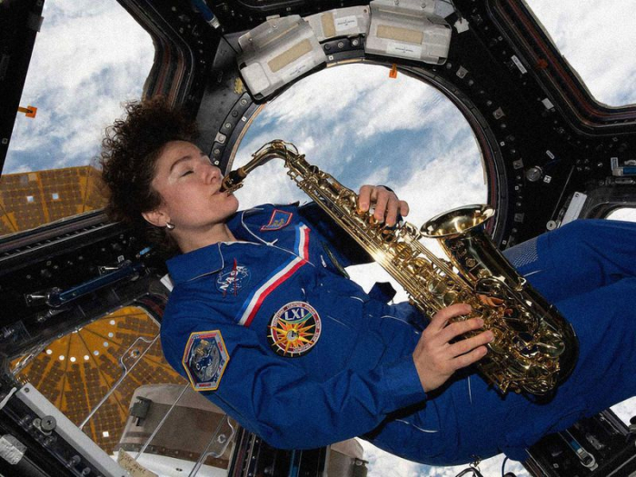 How do astronauts spend their weekends in space? -   iWONDER