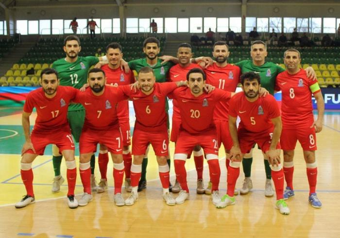 L'équipe d'Azerbaïdjan de futsal remporte le match contre la Grèce
