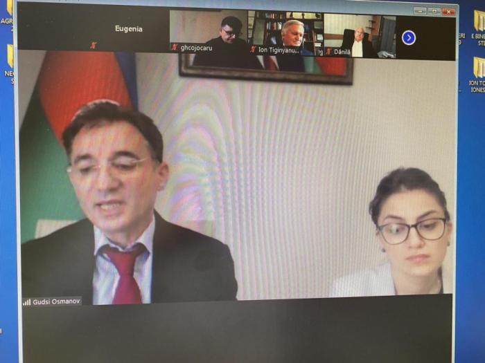 Investigadores moldavos se interesan por la historia de Azerbaiyán