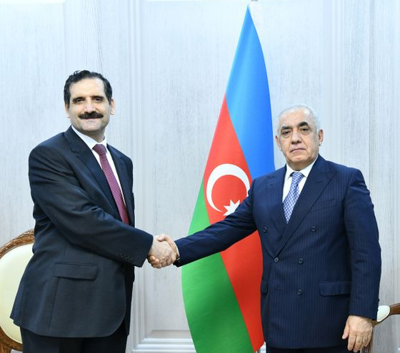 Azerbaijani PM meets with outgoing Turkish envoy