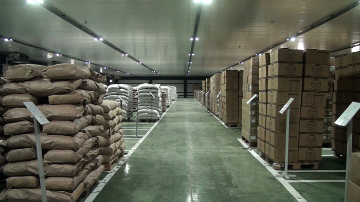 Azerbaijani MoD reconstructs central food warehouse's branch depots in districts -   VIDEO