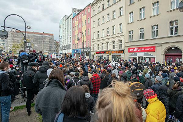 Gekippter Berliner Mietendeckel:   Über 20.000 protestieren gegen Urteil des Bundesverfassungsgerichts