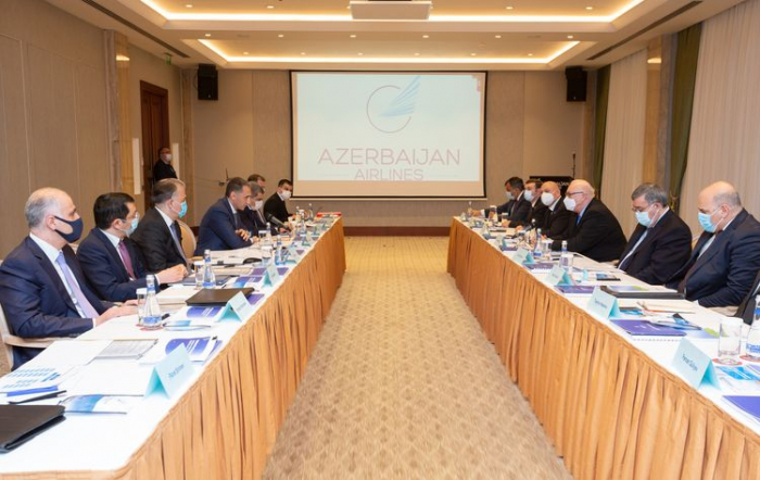 Azerbaijan Airlines' Supervisory Board holds first meeting