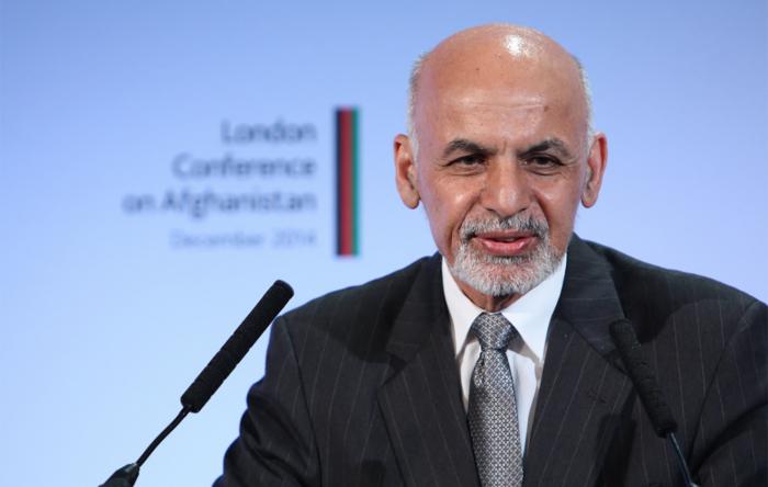 Afghan president holds meeting with Nizami Ganjavi International Center members