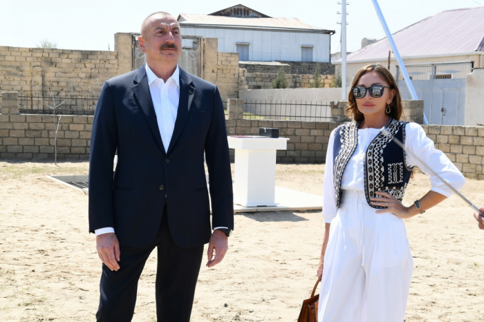 Azerbaijani president and first lady view renovation, restoration work in Baku's Pirshaghi settlement - PHOTOS