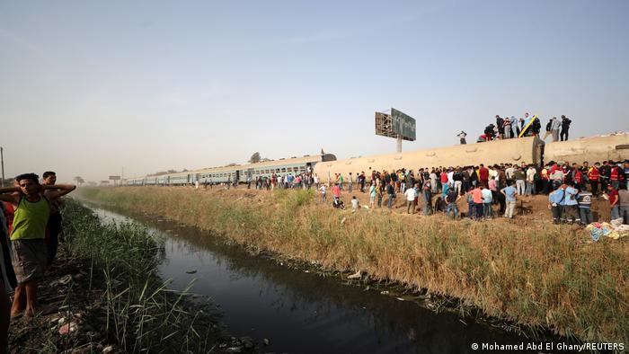 Egypt: Train crash north of Cairo injures more than 100