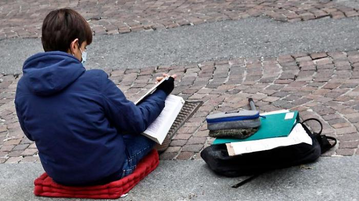 Politiker plädieren für Unterricht im Freien