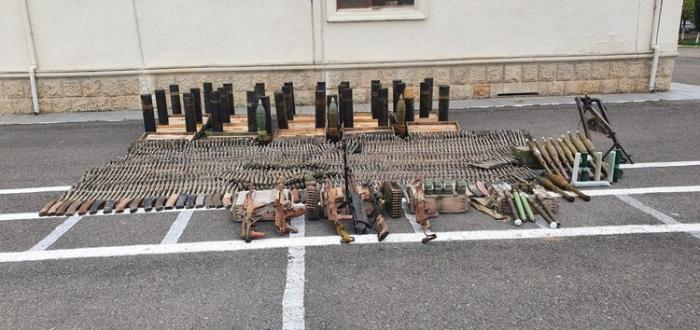 Des munitions abandonnées par l