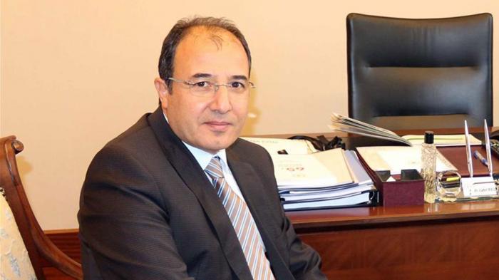 El nuevo embajador turco arriba a Bakú