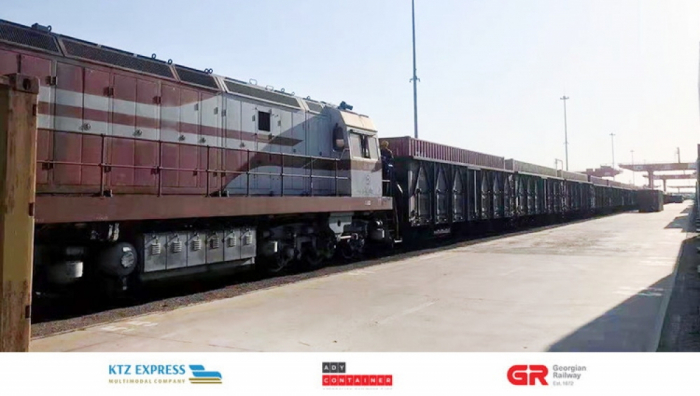 Second container block train from Qingdao in direction of China-Azerbaijan arrives in Baku