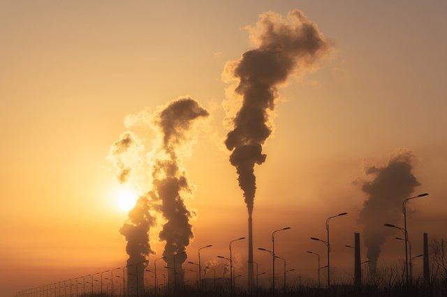 Energie:     les émissions de CO2 devraient connaître un rebond majeur en 2021
