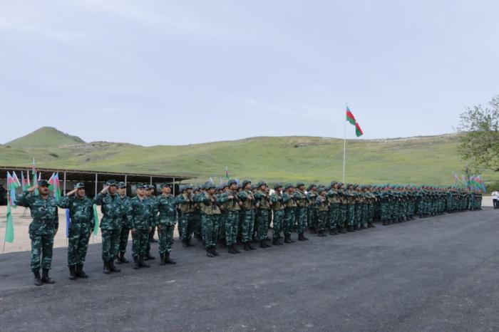 Azerbaiyán establece nueva unidad militar en la frontera con Armenia -  FOTOS