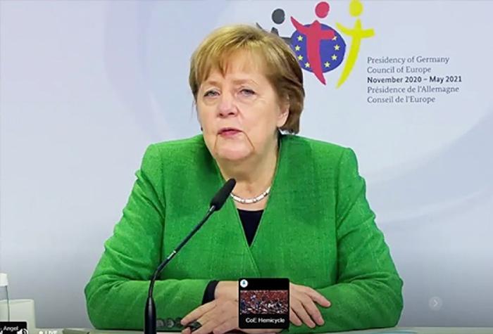 Merkel cita a Karabaj como ejemplo en el Consejo de Europa
