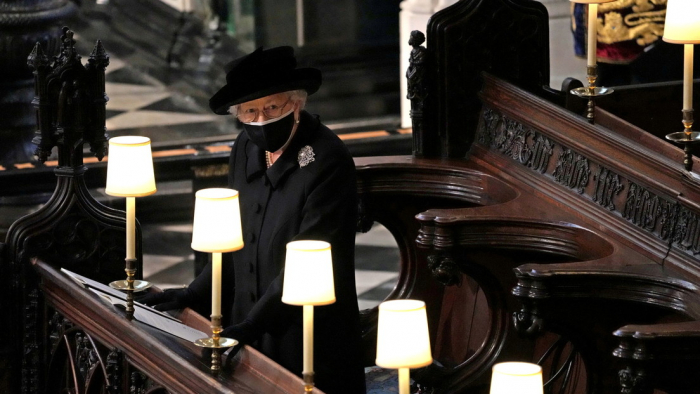 La reina rompe con una tradición de duelo real después de la muerte del príncipe Felipe