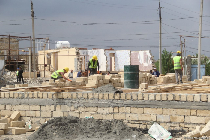 Azerbaijan starts renovation of houses destroyed by Armenian missile attacks in Ganja