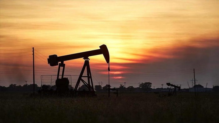 Oil prices climb on hopes for demand recovery