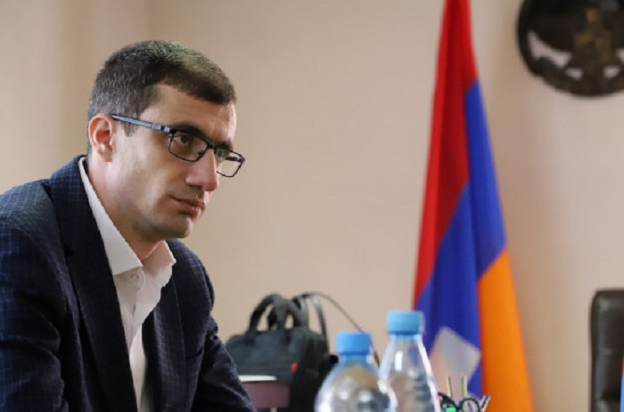 Armenia's minister of labor and social affairs resigns