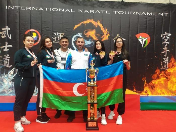 Karateçilərimiz Belarusda 22 medal qazanıb