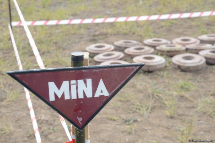 Residents of Agjabadi district wounded in landmine explosion