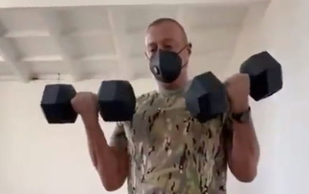 Ilham Aliyev shows that he is in excellent physical shape -   VIDEO