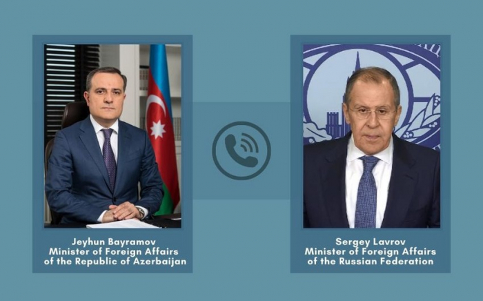 Azerbaijani, Russian FMs hold phone talk