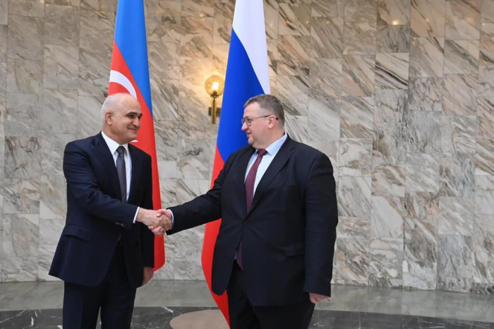 Azerbaijan and Russia ink Protocol on economic co-op