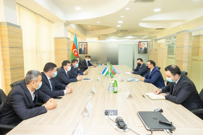 """نموذج """"أصان خدمة"""" في أوزبكستان"""