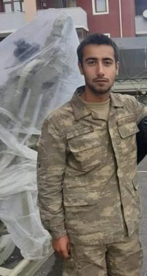 استشهاد جندي أذربيجاني مصاب بلغم