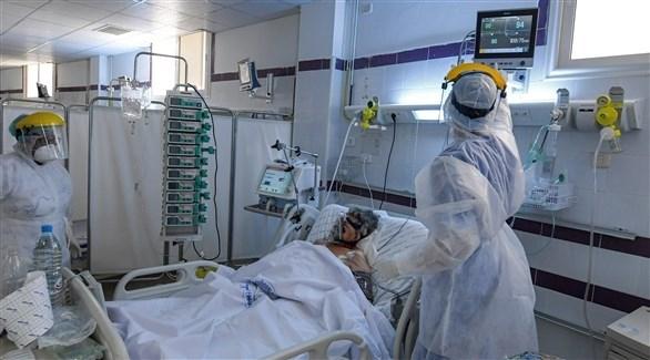 مستشفيات تونسية تتجاوز طاقتها في ظل تفشي كورونا