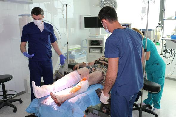 إصابة قائد أرمني نتيجة إنفجار لغم في جبرائيل -   صورة