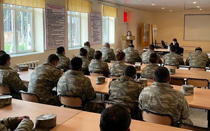 Servicemen of Azerbaijan Army attend seminar