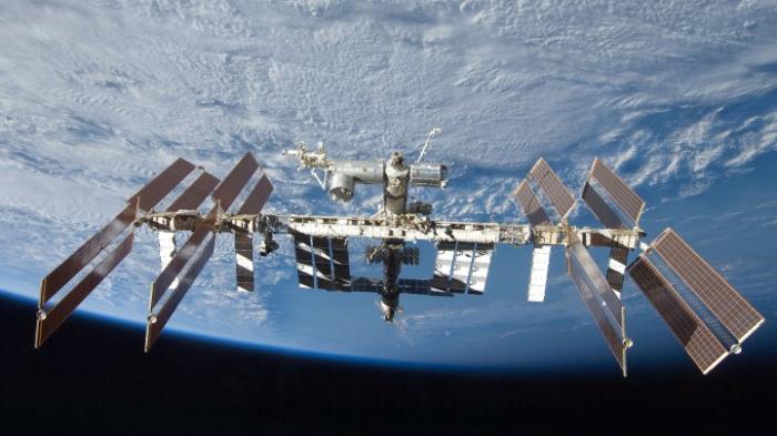Drei Raumfahrer zur Erde zurückgekehrt