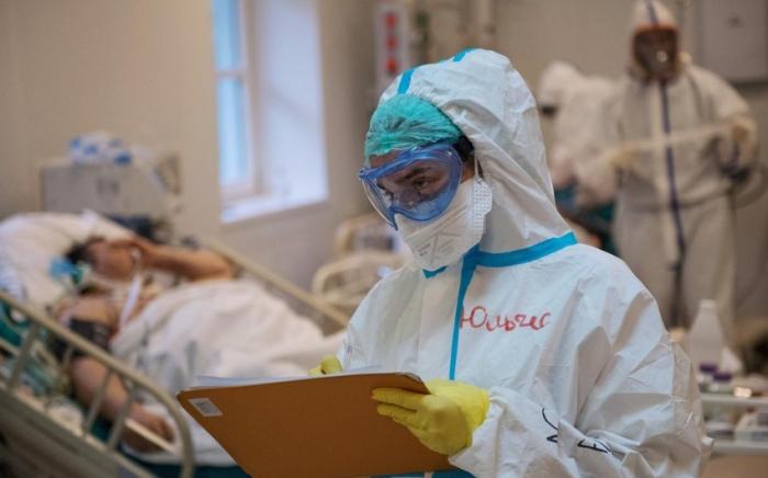 Azerbaiyán registra 2 717 casos de infección de Covid-19 en un día