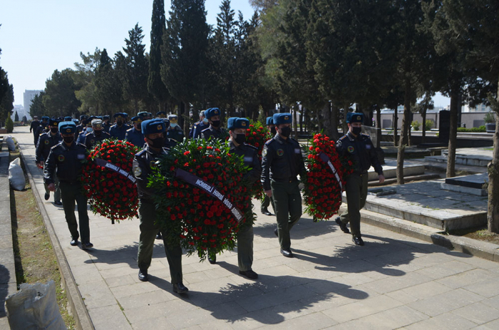 The graves of the Shehids of the April battles were visited -  VIDEO