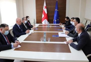Azerbaiyán y Georgia estudian la cooperación en el ámbito religioso
