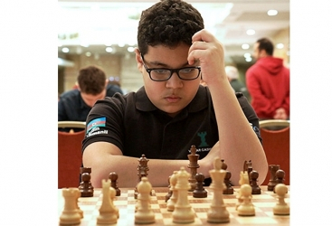 Un ajedrecista azerbaiyano lidera el torneo Vladimir Bato Kontich